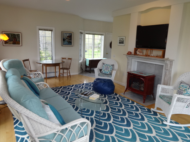 Coves Edge Living Room vacation rental